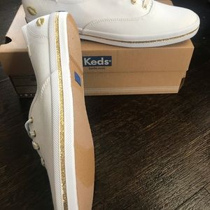 Keds Shoes - Brand New white & gold Keds sneakers